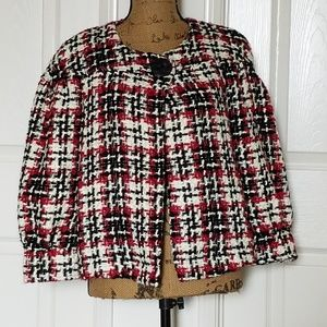 Cute  single, big button jacket/blazer
